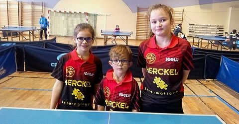Sophie Michel, Roméo Muller et Élise Lavenn, de g. à dr., ont fait honneur au club de Zorn TT/Hochfelden. PHOTOs DNA