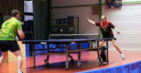 A dr. : Christian Zaza en pleine action vs Mickael Riegel (Issenheim TT)