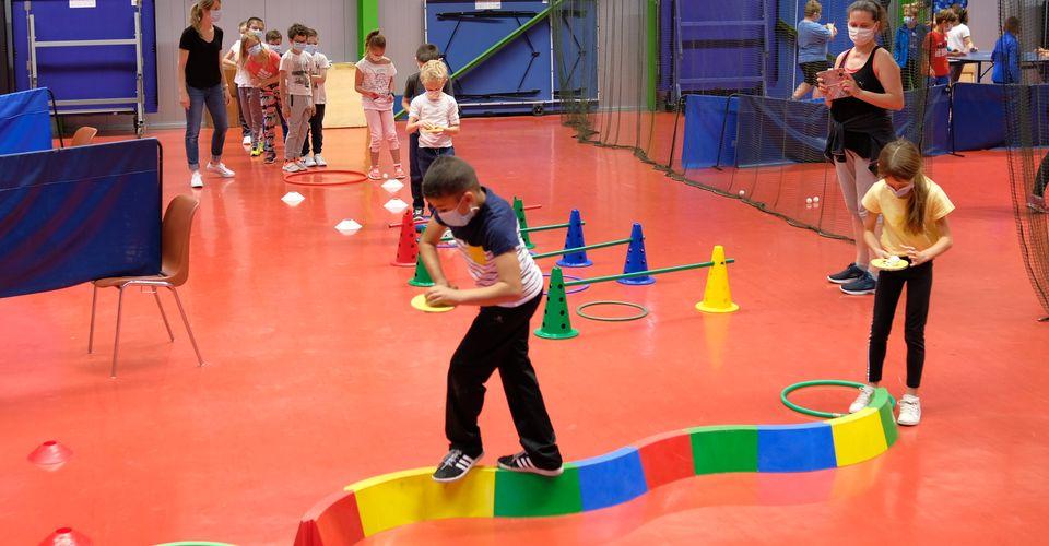 Initiation découverte, pour apprendre les rudiments de ce sport très technique qu'est le tennis de table.